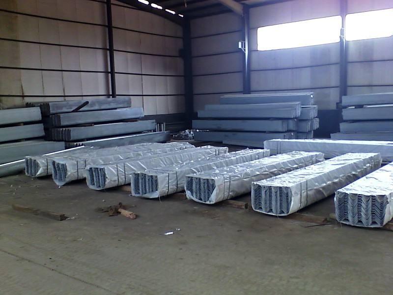 宁德市波形护栏板生产厂家