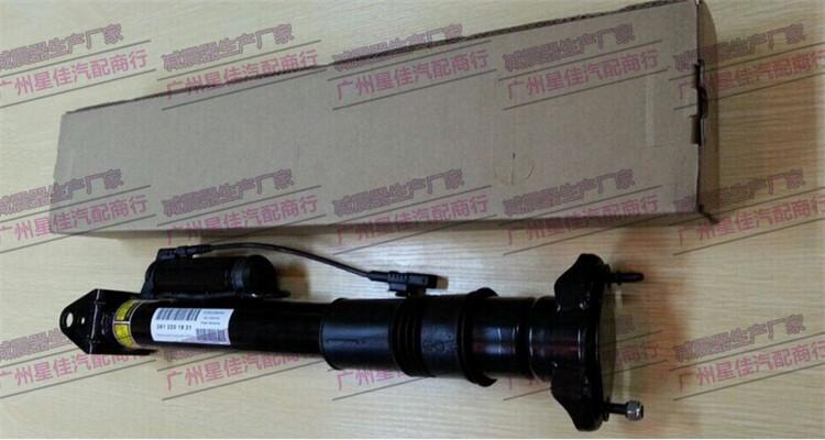 湘西土家族苗族自治州奔驰164ml级减振器气压包漏气图片