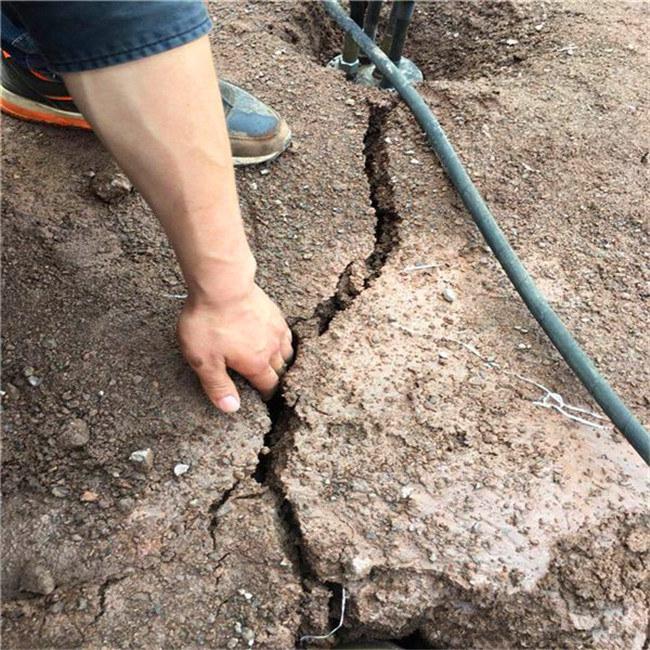 露天礦山開采代替分裂石頭機器阿壩黑水