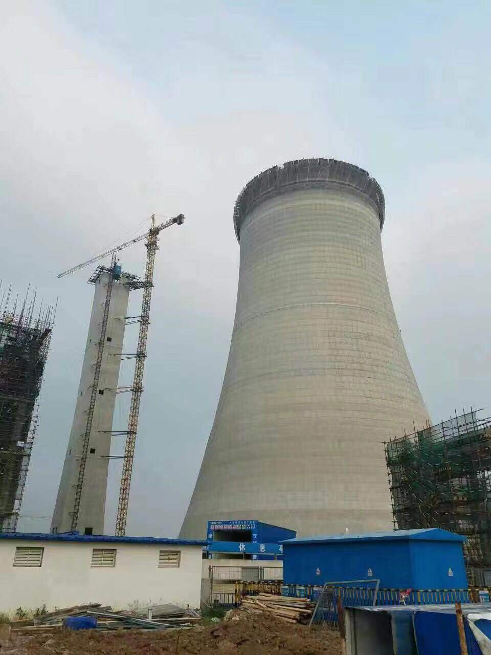 银川冷却塔爬梯护网防腐公司-欢迎访问