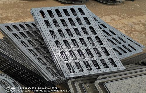 海北☼球墨铸铁井盖(方形)一套的单价