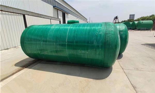 90立方玻璃钢缠绕化粪池供应商,农村家用70立方玻璃钢雨水收集池