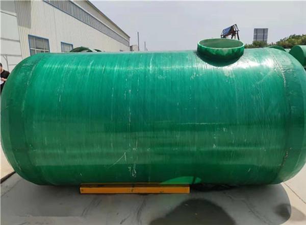 6立方玻璃钢缠绕化粪池安装,30立方地埋式雨水收集池作用