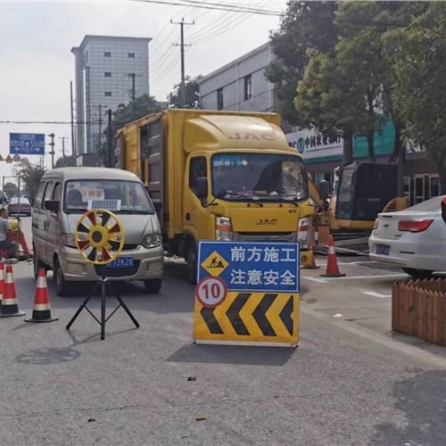 上海市宝山区CCTV管道检测内衬无痕修复-多少钱一次