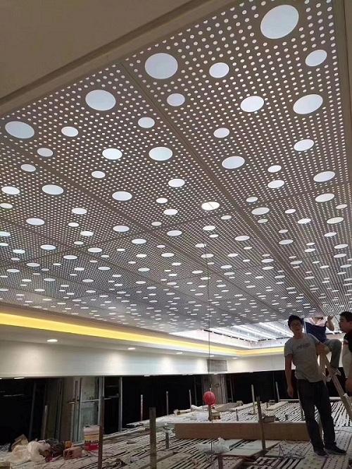 龍州開孔鋁單板廠家報價