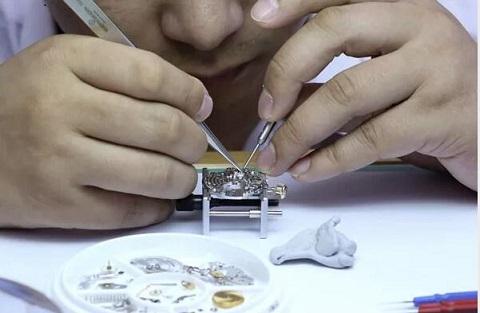 苏州豪门世家机械表更换把芯费用丨女表专修电话