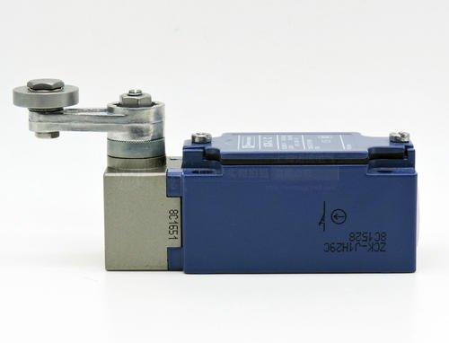 优品特价施耐德:XS1M30DA210G