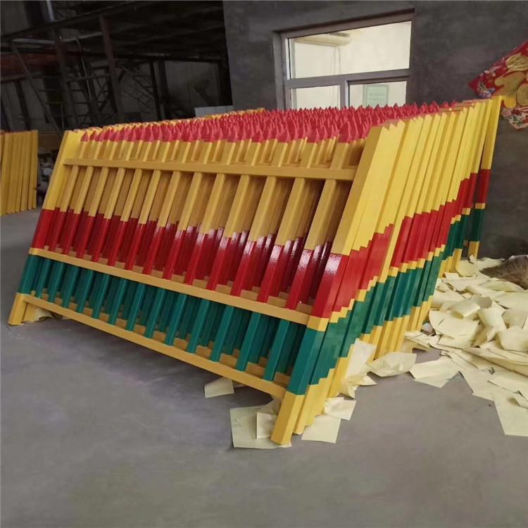 廣西壯族自治區崇左市玻璃鋼圍欄廠家出廠